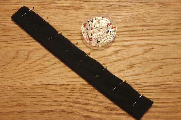 Scrunchie - pin fabric